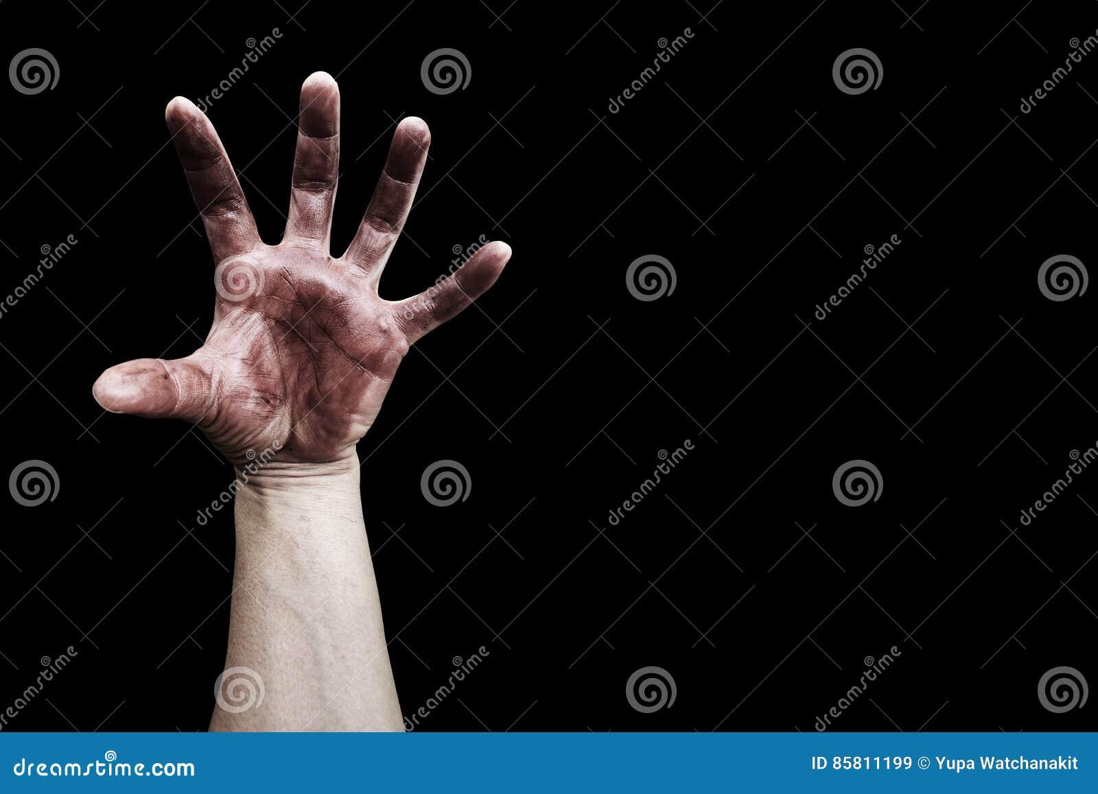 Brudzi rękę na czerni