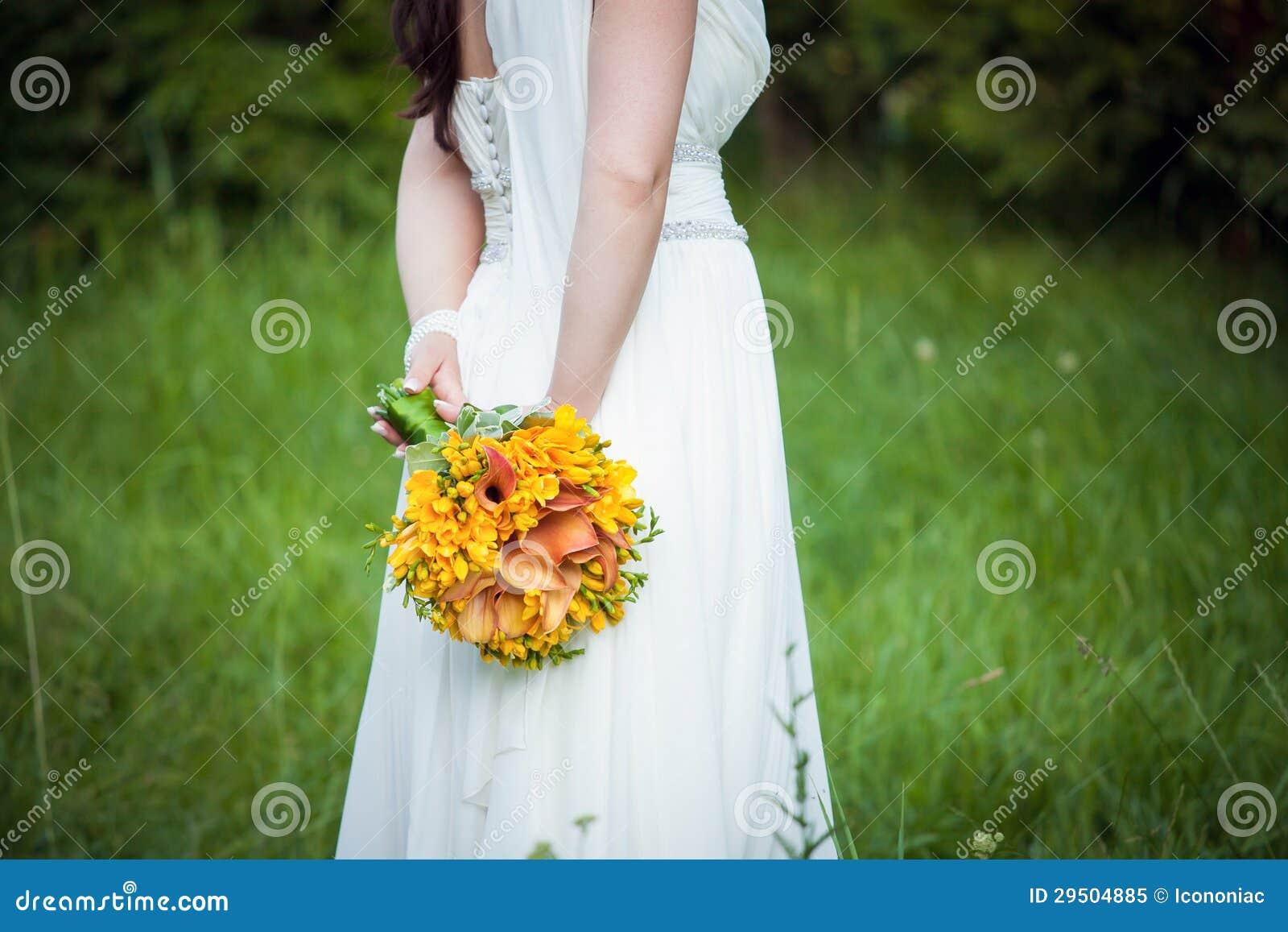 Bruid die een boeket houden