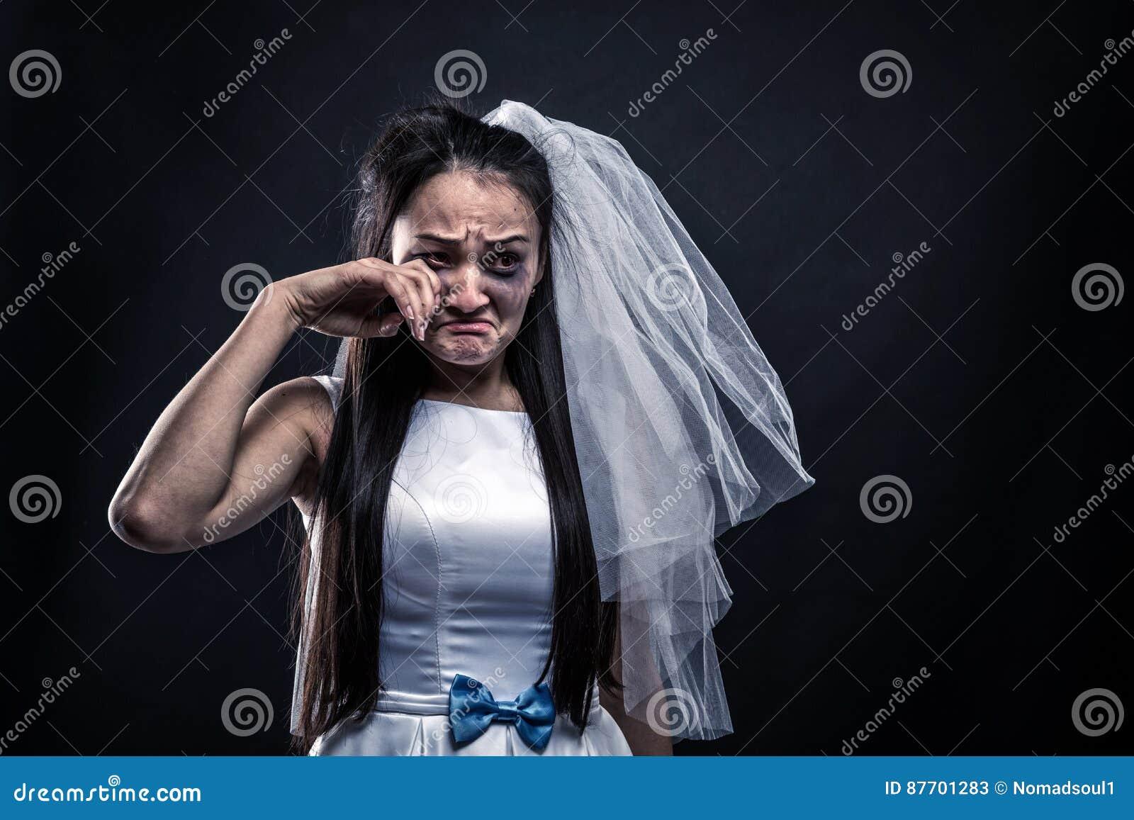 Bruid Met Betraand Gezicht Ongelukkig Huwelijk Stock