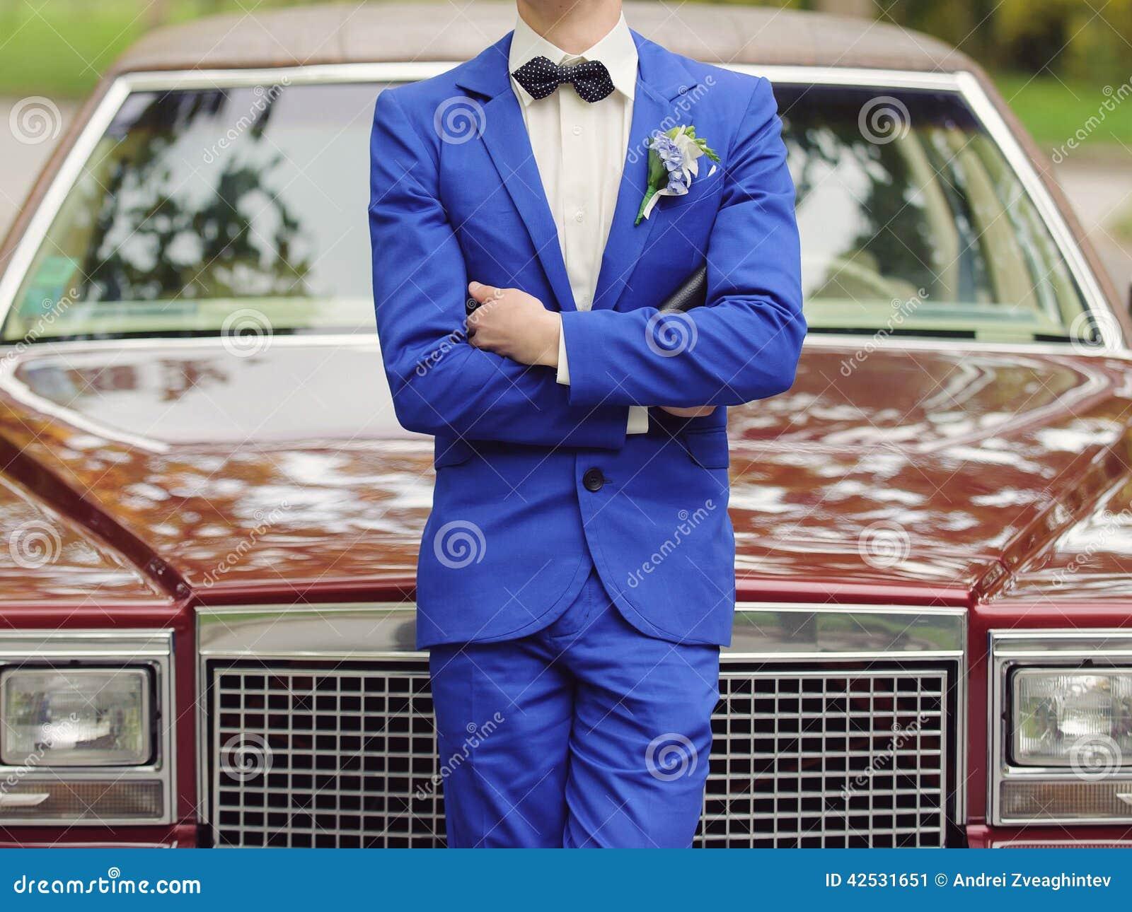 Bruidegom en Auto