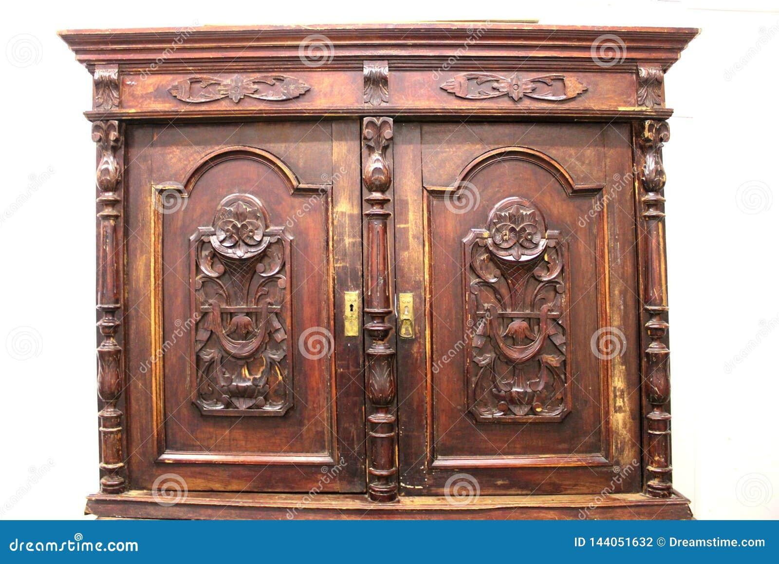 Bruin, houten, antiek, kast voor vaatwerk Medio-negentiende eeuw Huis, comfort, ontwerp