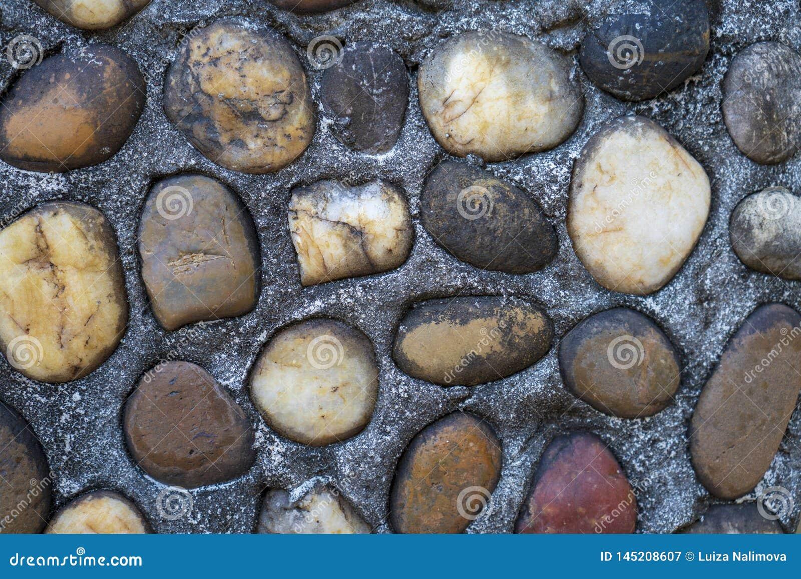 Bruine stenen op achtergrond