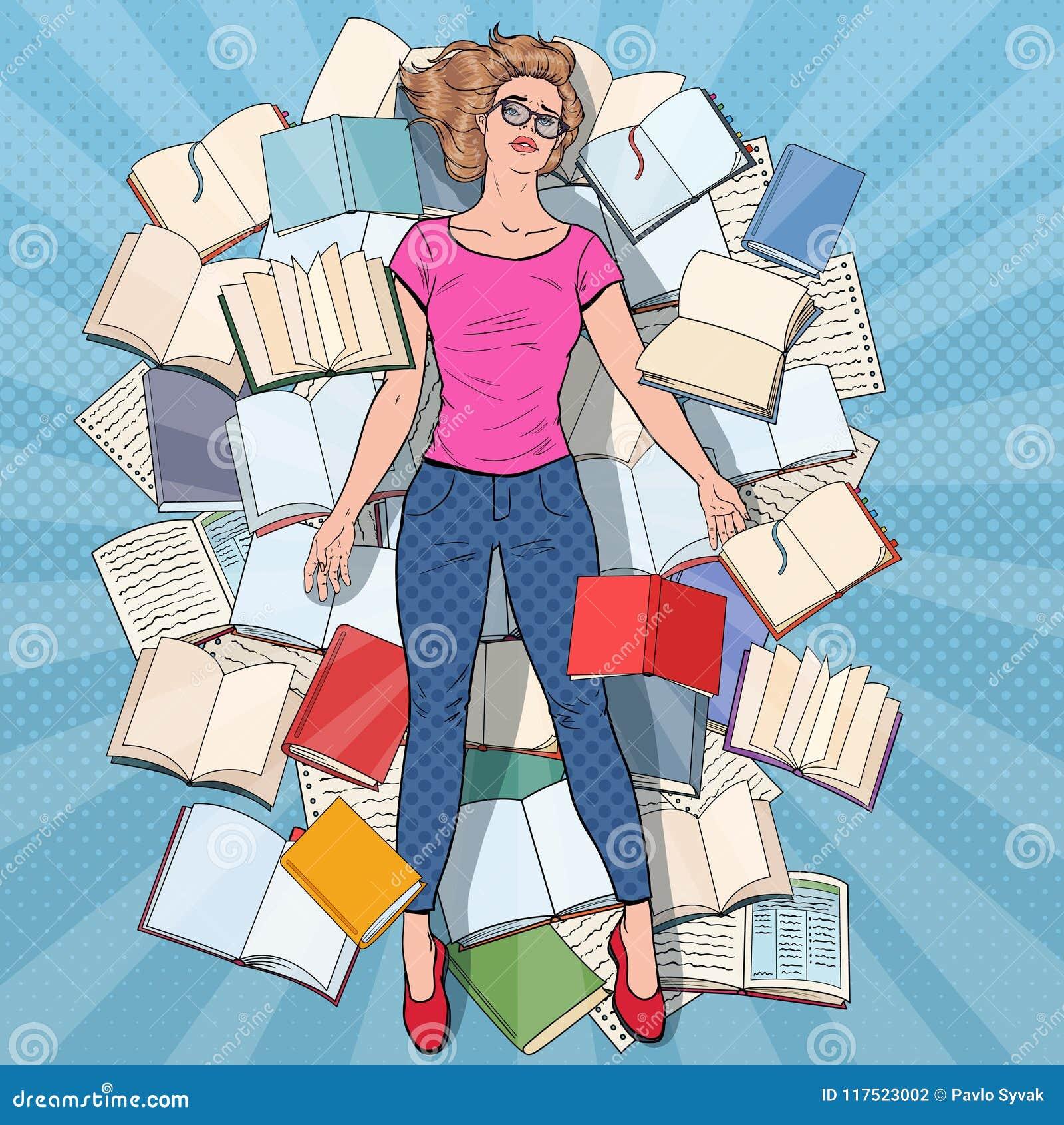 Bruit Art Exhausted Student Lying sur le plancher parmi des livres Jeune femme surchargée se préparant aux examens Éducation