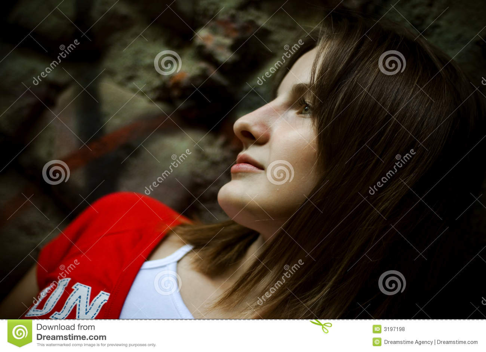Brunetki profilowa kobieta