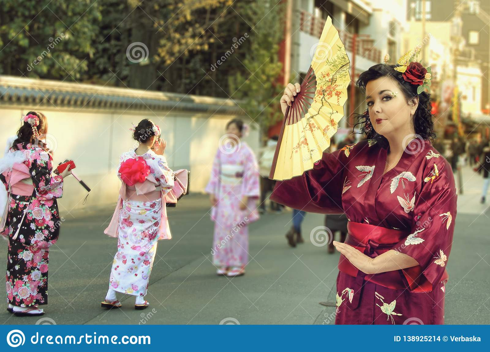 Caucasian Woman Dressed In Japanese Kimono At Asakusa ...