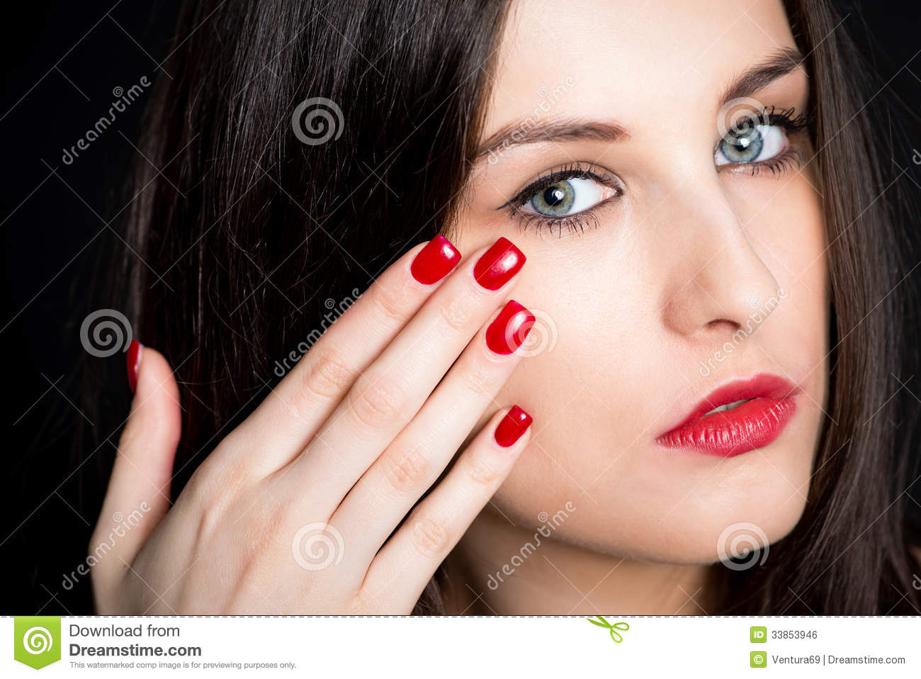 Brunette dp and red nails