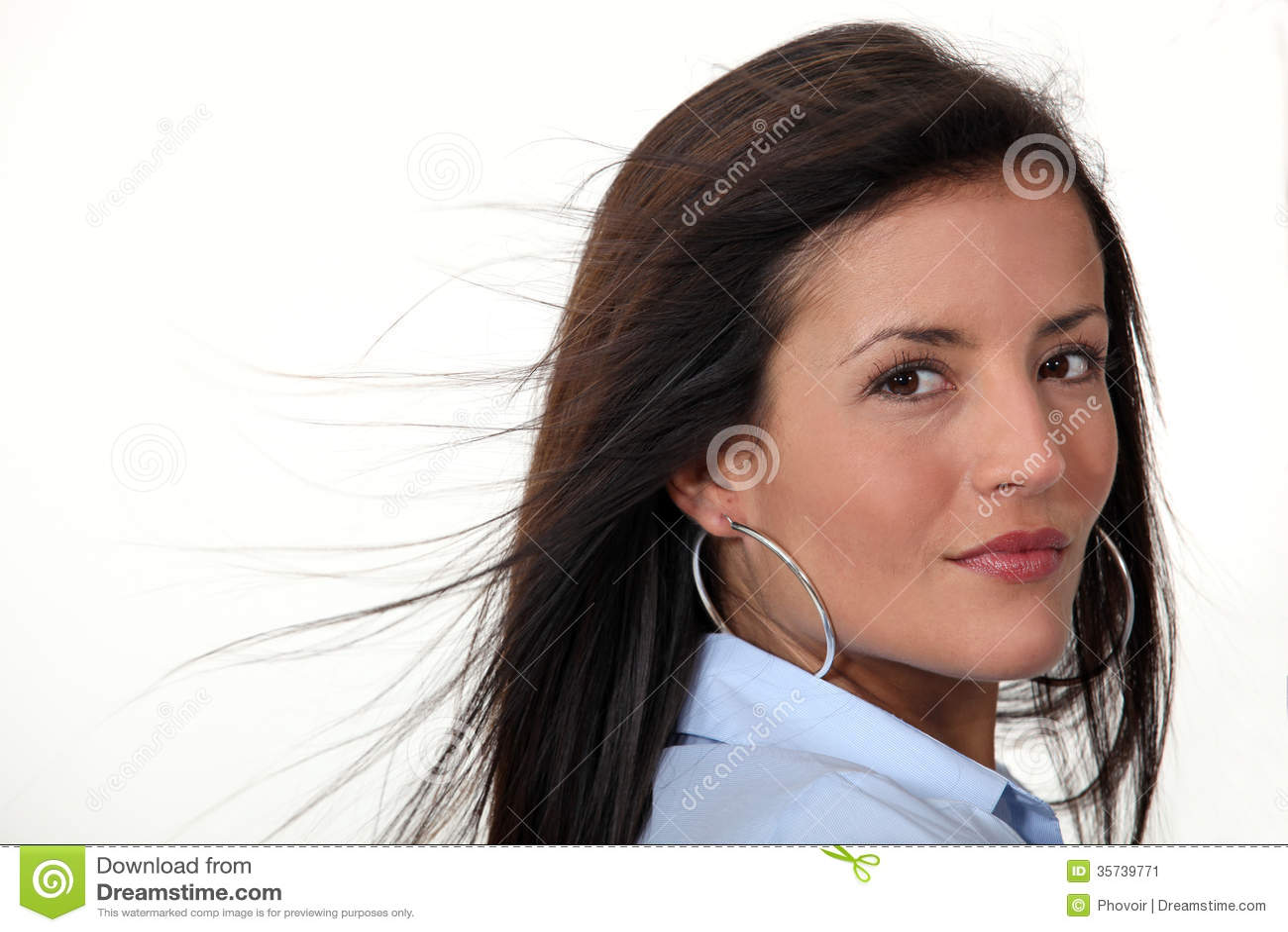 Awesome How To Style Diamond Hoop Earrings  WardrobeLookscom