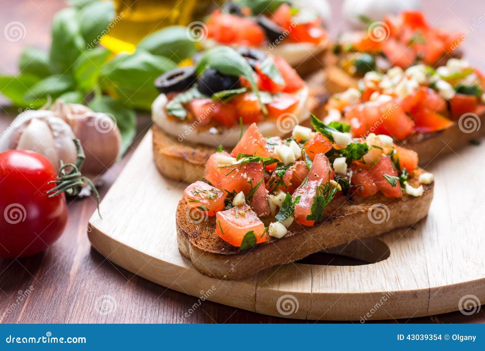 Bruschetta italiano do aperitivo