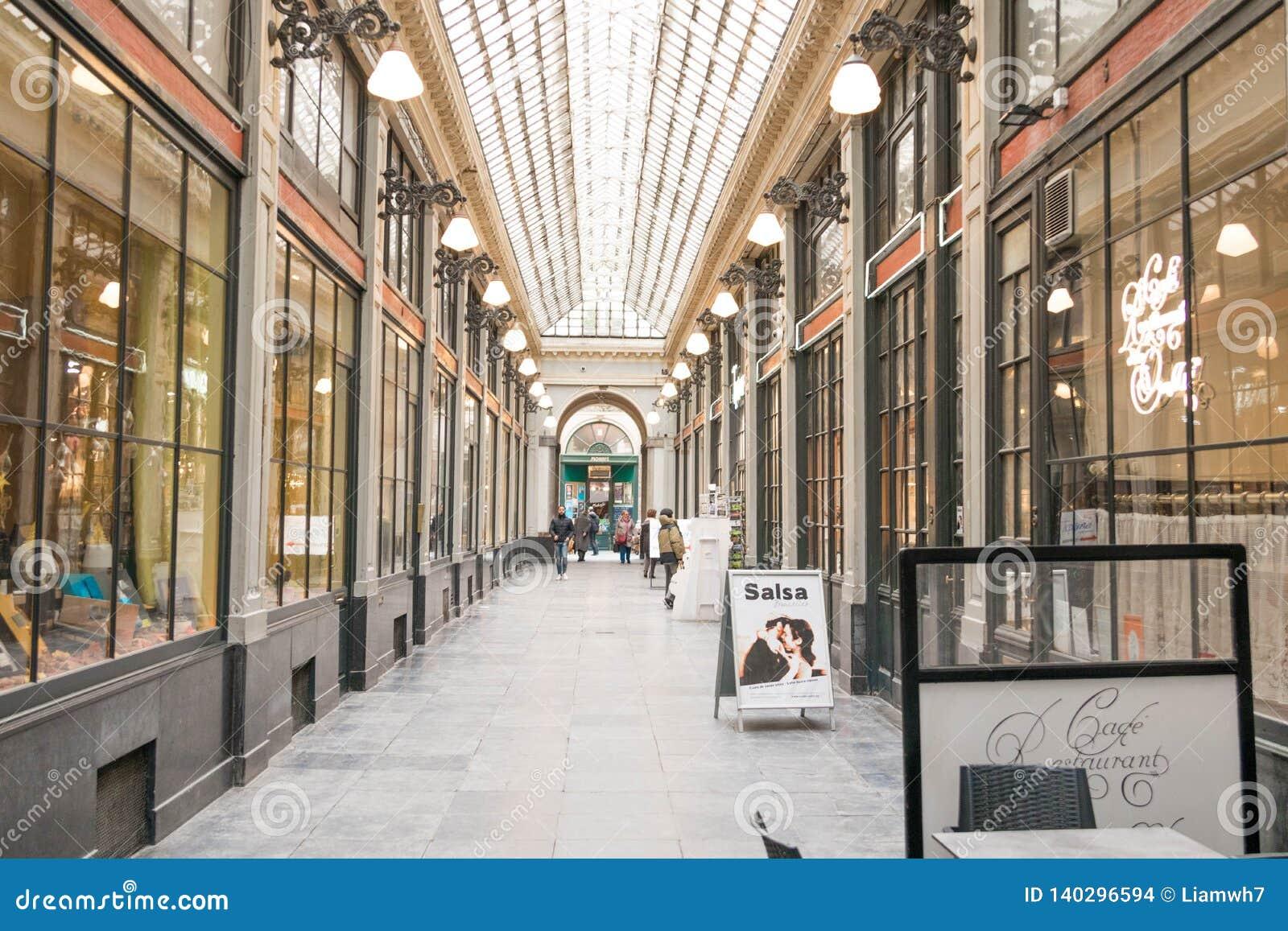 Bruselas/Belgium-01 02 19: Galería de Galerie de la reine Bruselas de la reina