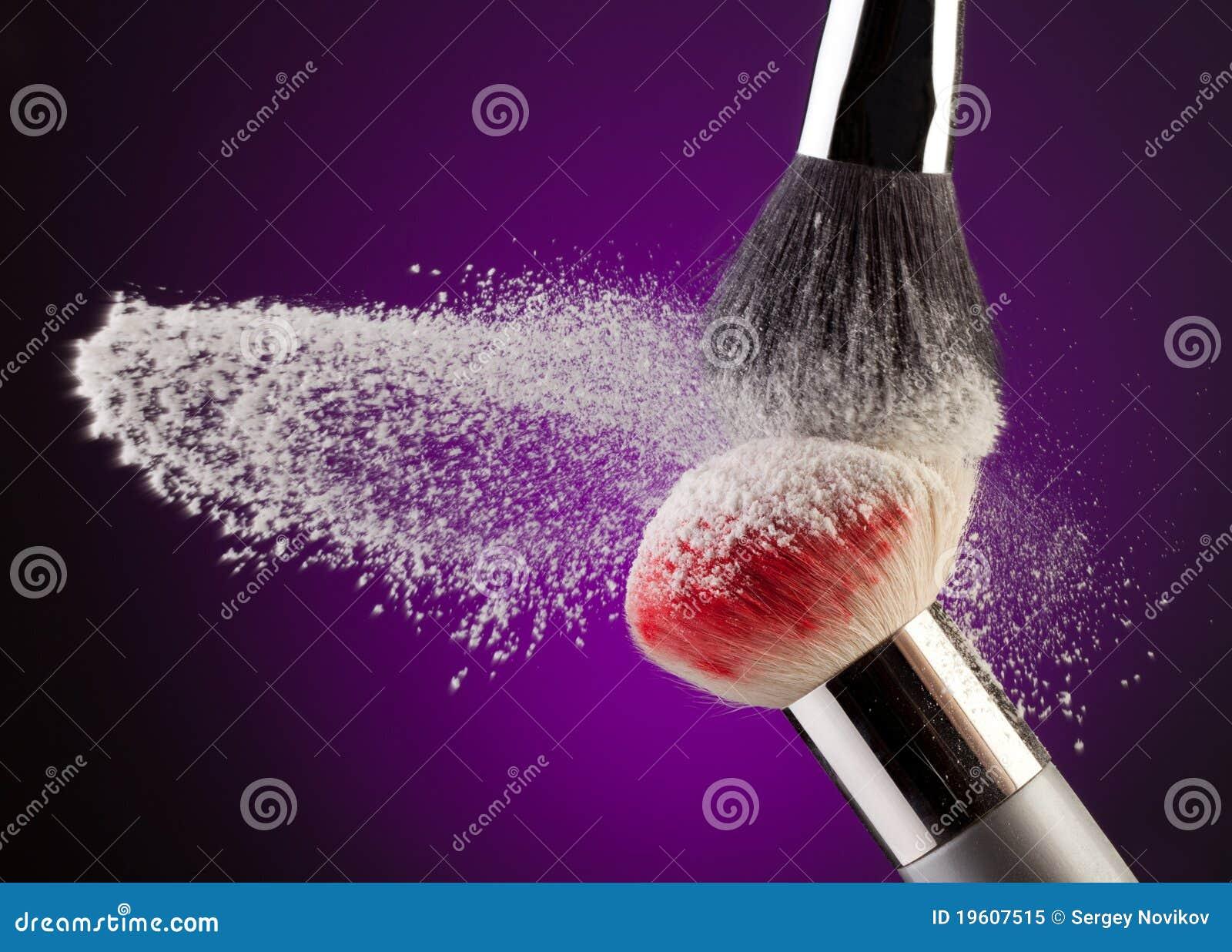 Brushes makeuppulver