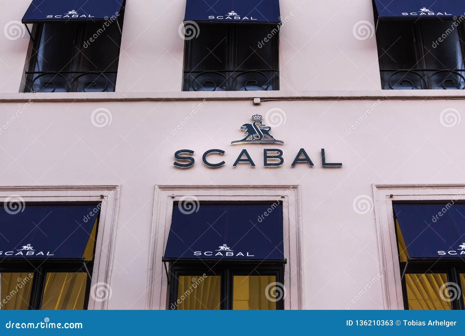 Brussel, Brussel/België - 13 12 18: scabal opslagteken in Brussel België