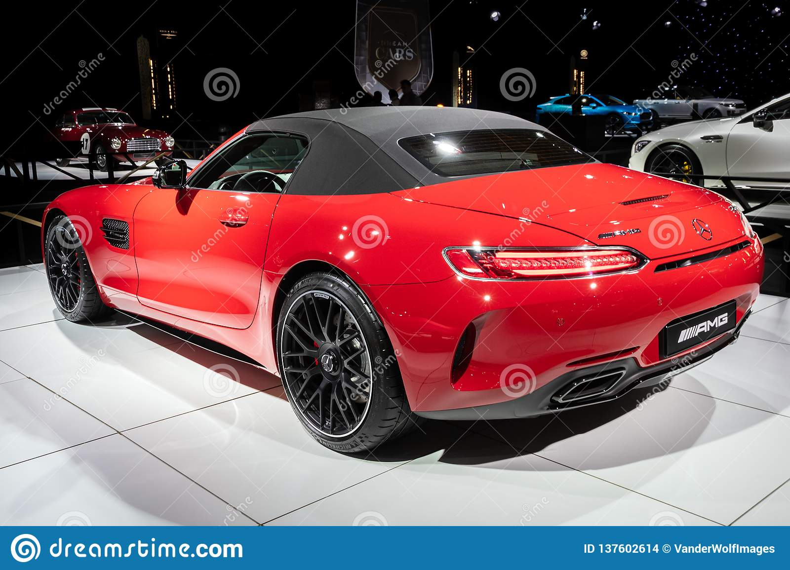 Mercedes Amg Gt C Roadster Sports Car Editorial Stock Image Image Of Autoshow Motor 137602614
