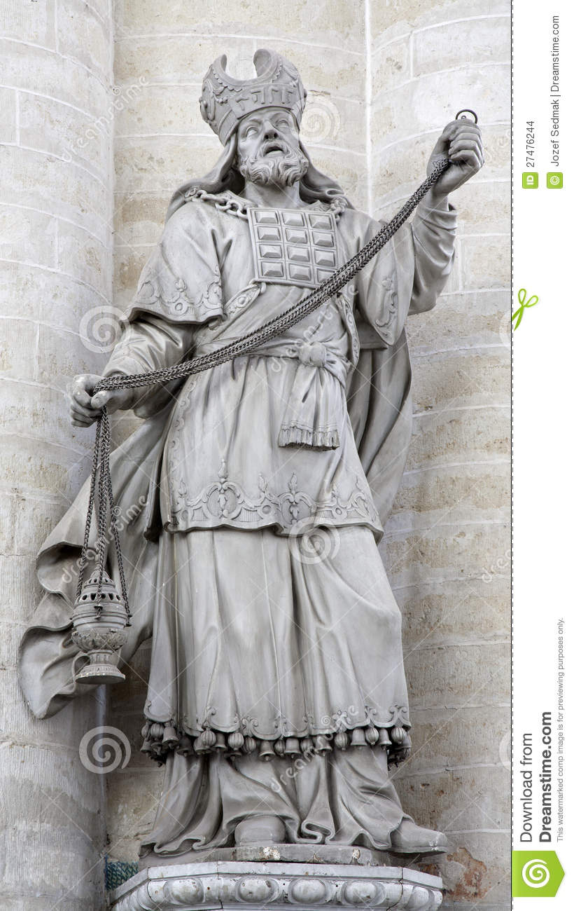 Brussels statue of high priest from saint nichol stock images image 27476244 - Stock cuisine saint priest ...