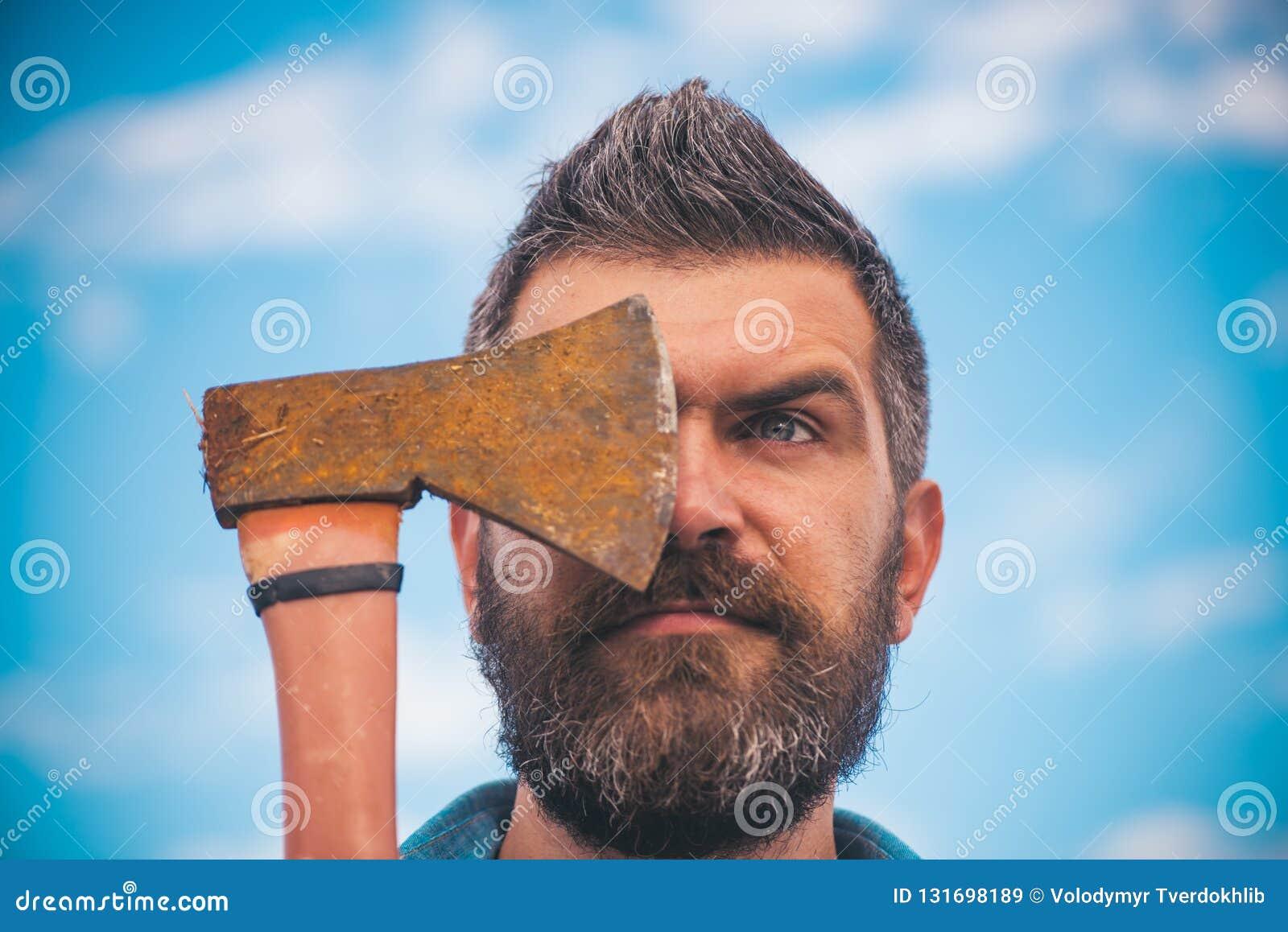 Brutalny caucasian modniś z wąsem Brodaty brutalny mężczyzna Samiec z brodą Dojrzały modniś z brodą Brutalny brodaty