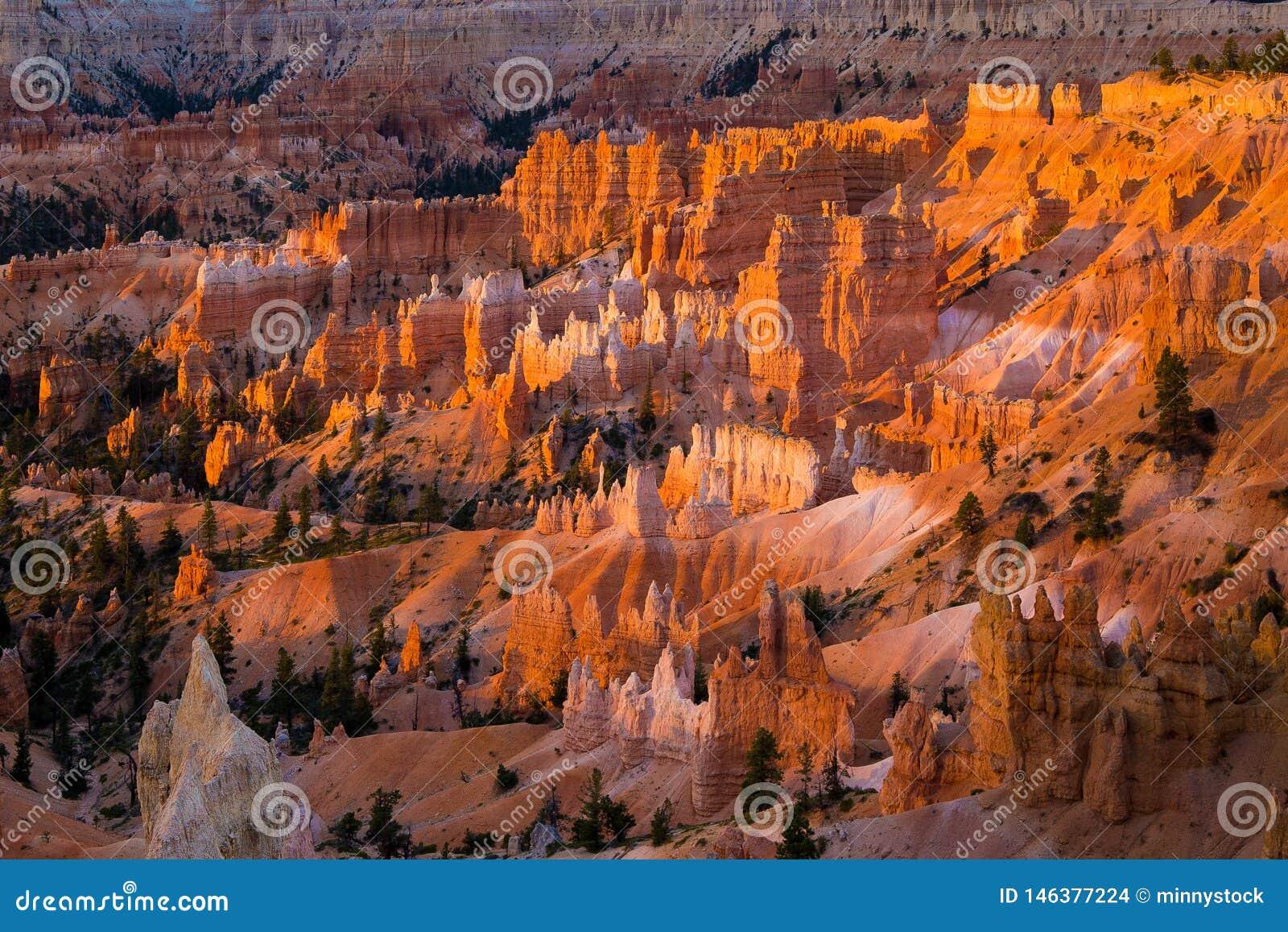 USA, Utah, Bryce Canyon National Park, Thors Hammer and