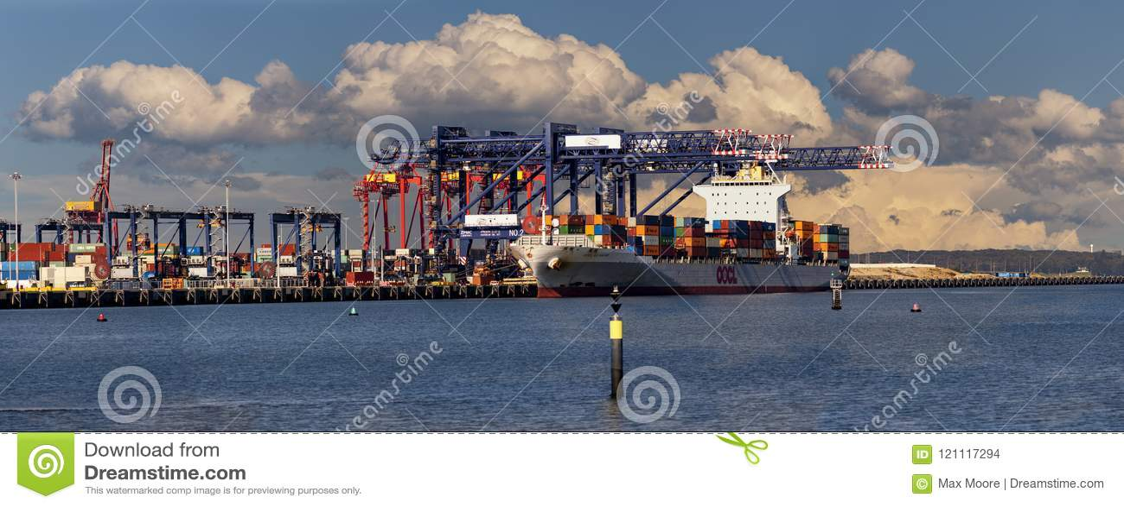 Brygd för stormmoln över exporter, panorama