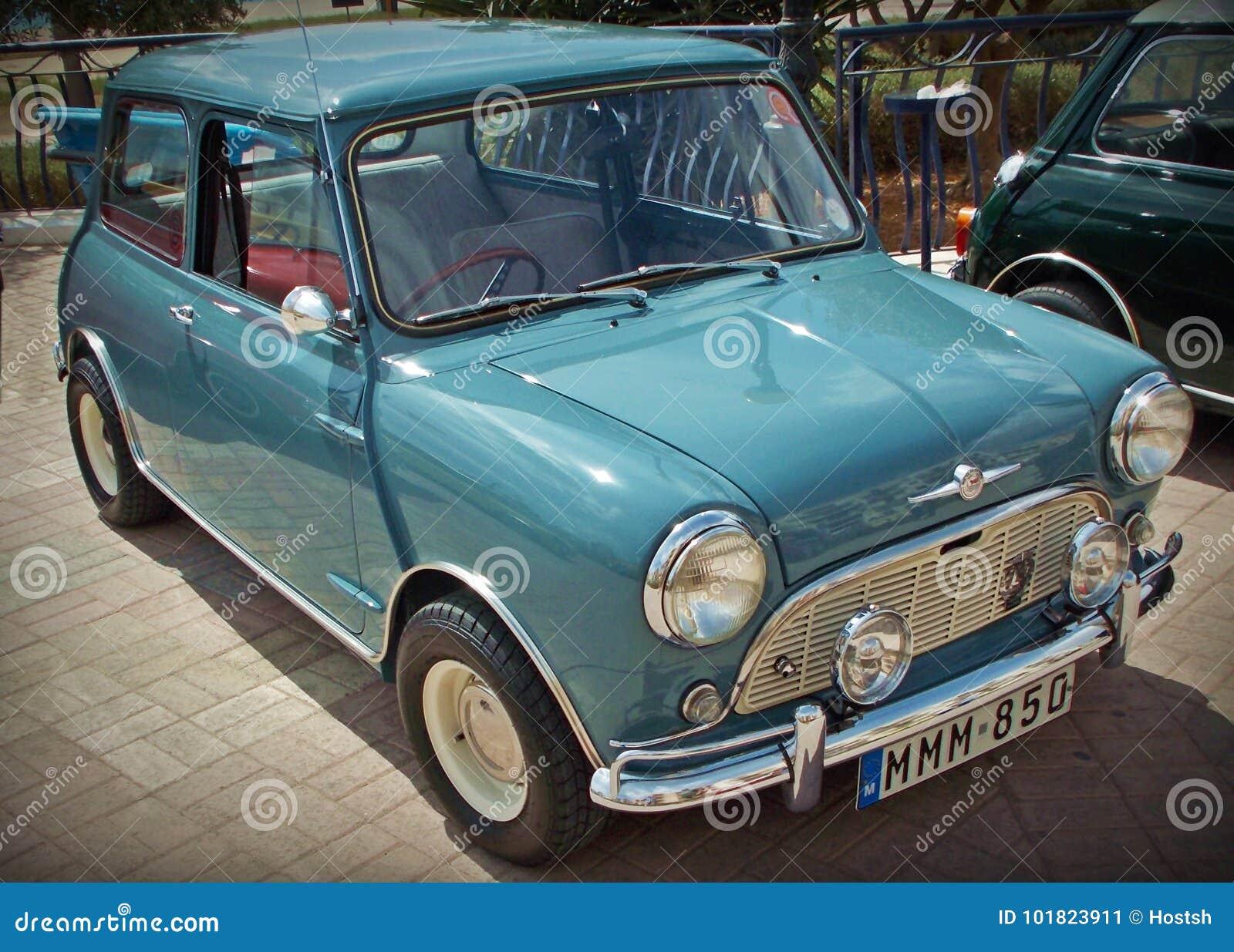 Brytyjski Morris Mini Mniejszościowy Samochód Zdjęcie Editorial