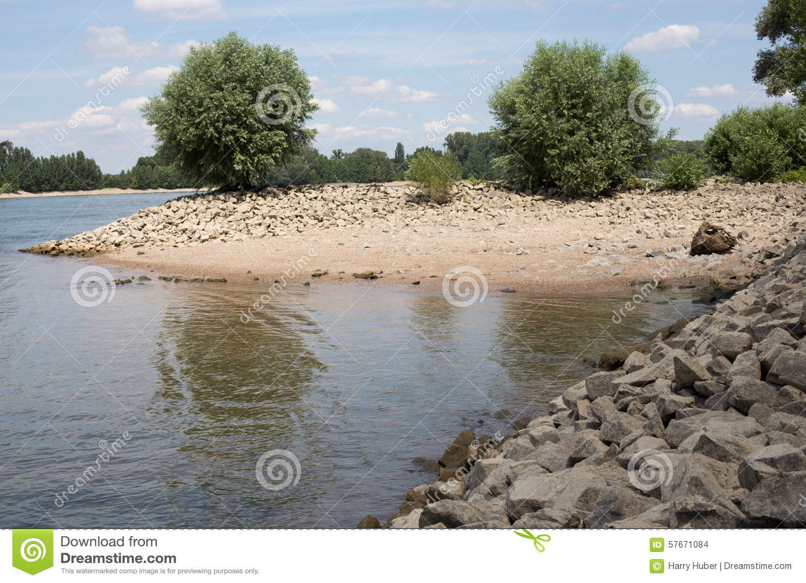 Brzeg Rhine (Rhein)