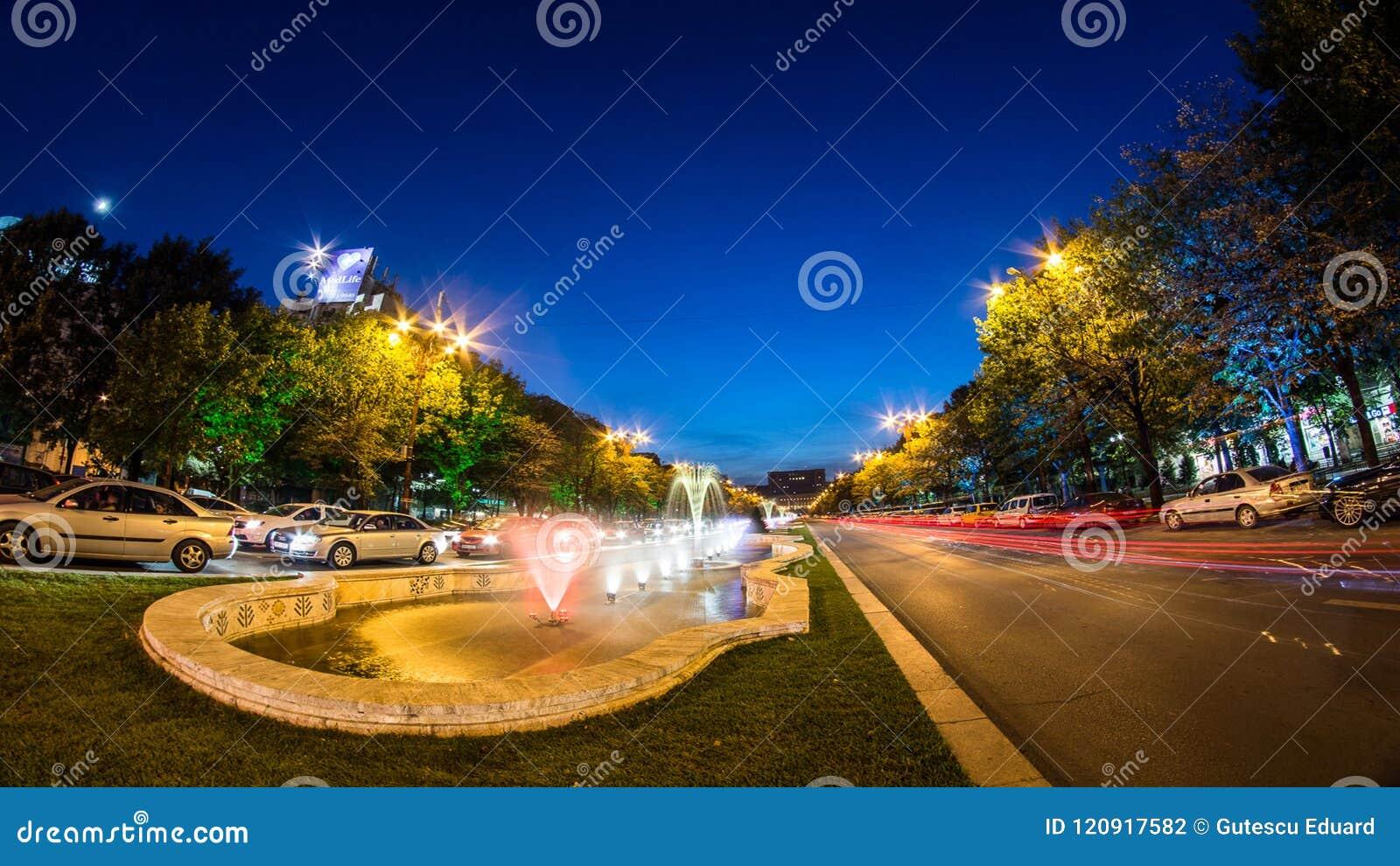 Bucarest centrent la pousse de nuit du trafic aux fontaines