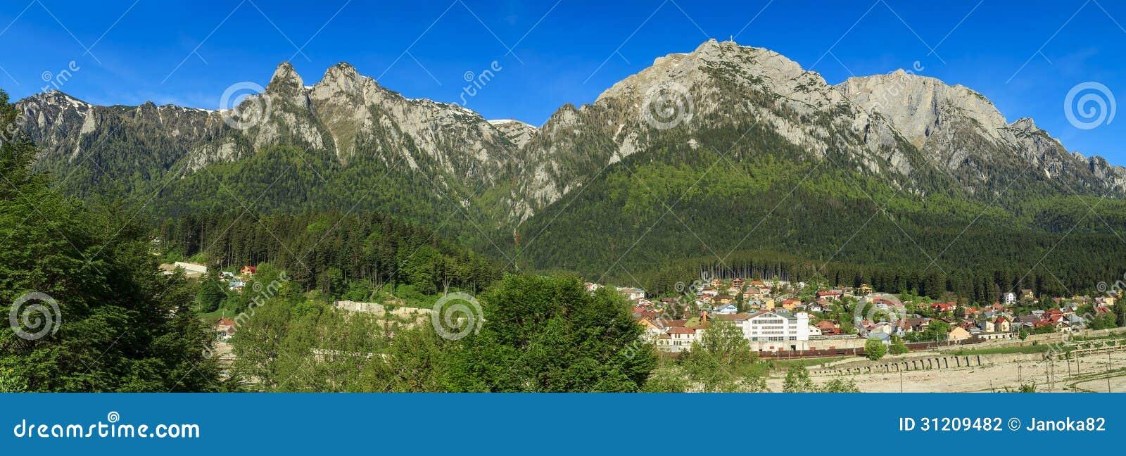 Bucegi berg panorama, Carpathians, Rumänien