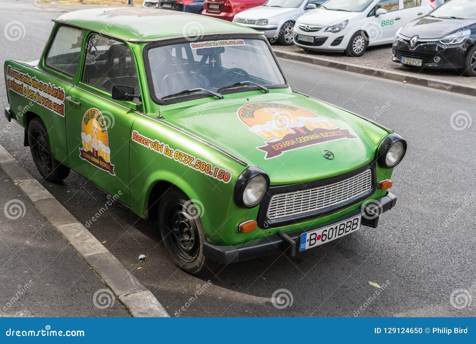 BUCHAREST/ROMANIA - 21 DE SETEMBRO: Trabant estacionou em Bucareste R