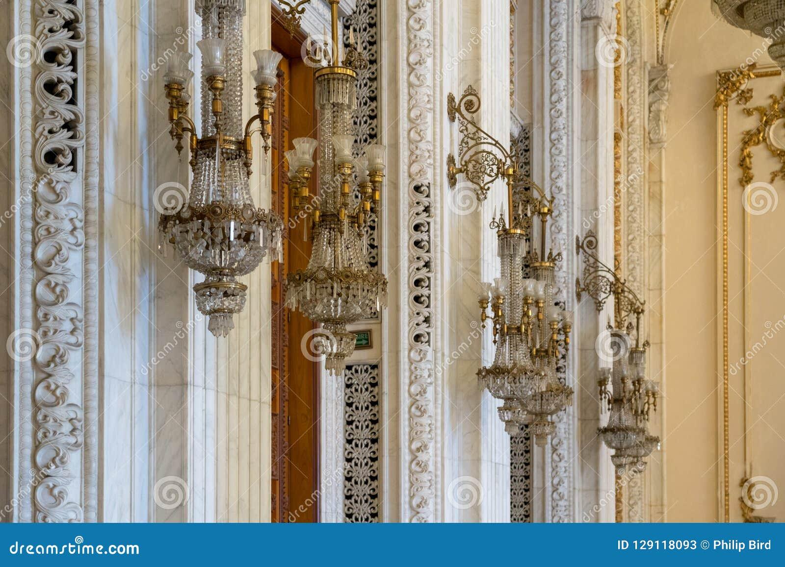 BUCHAREST/ROMANIA - 21 SEPTEMBRE : Vue intérieure du palais o