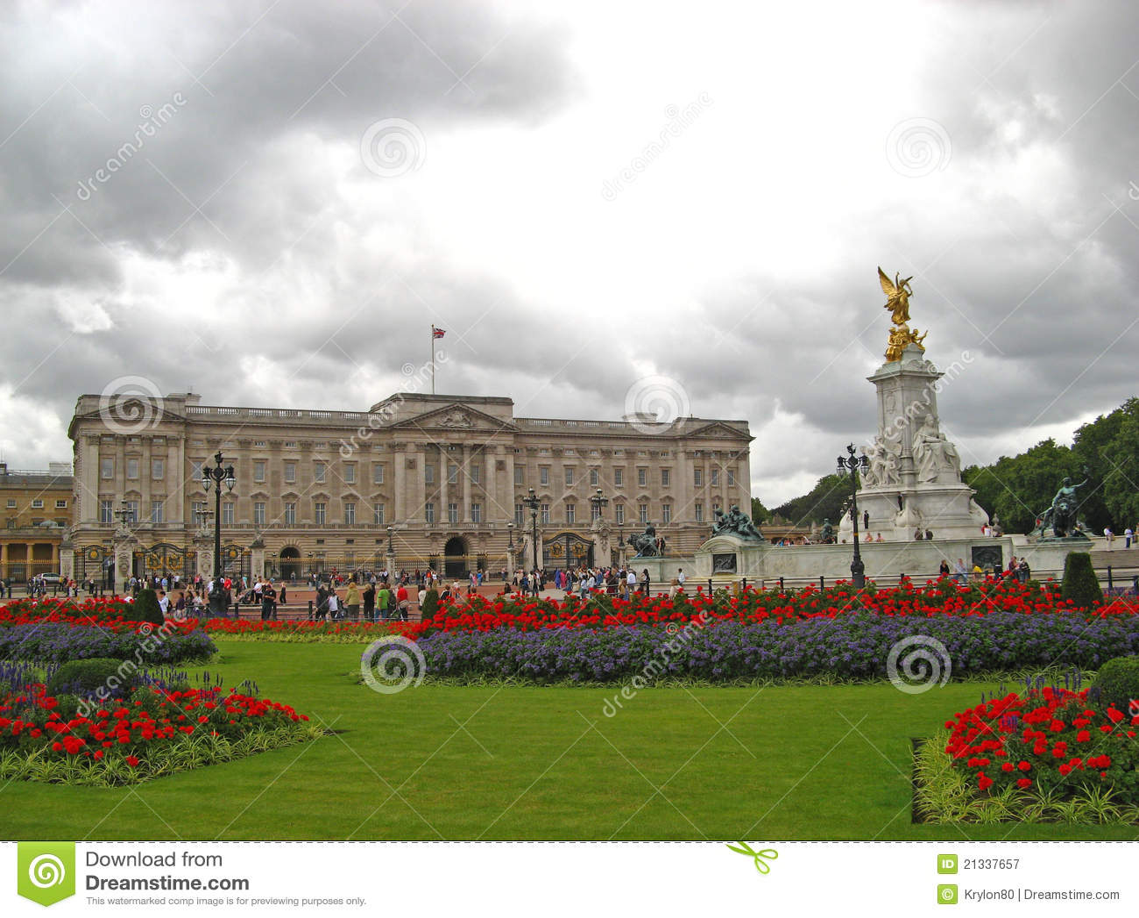 Buckingham Palace 02