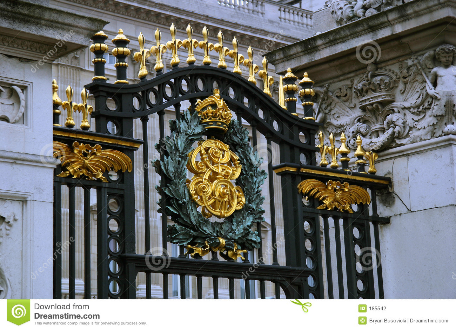 Buckingham palace gate stock photo image of black