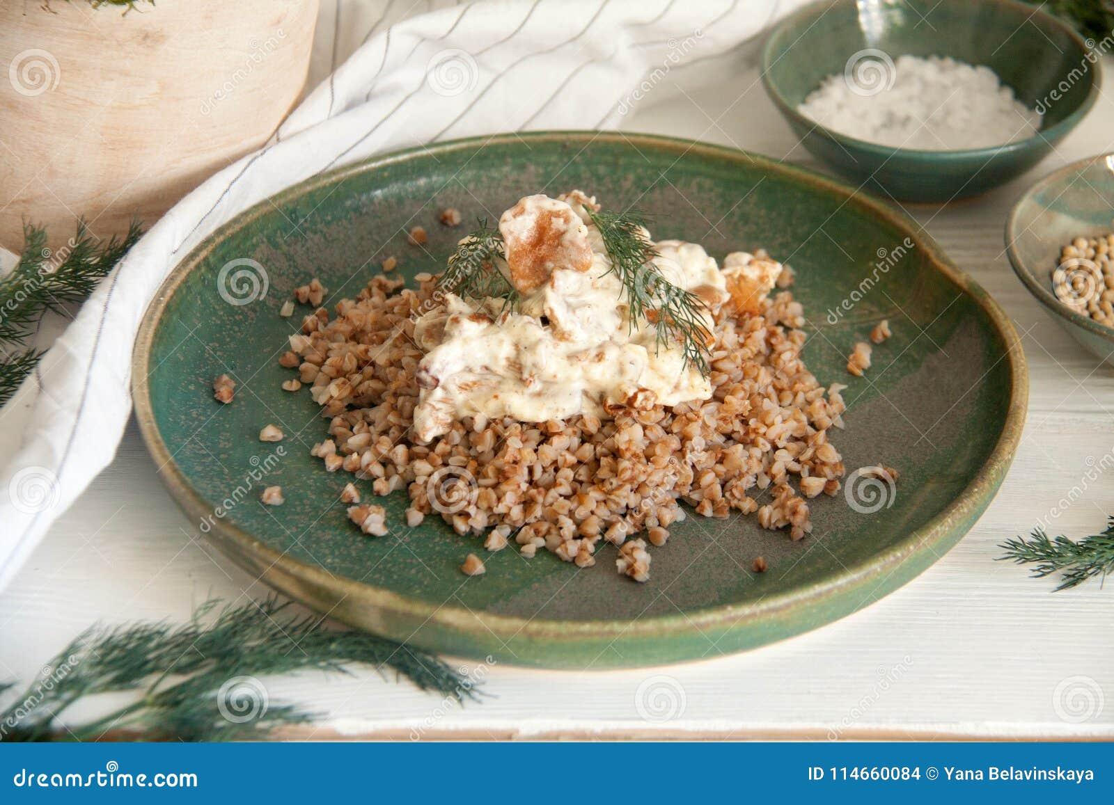Buckwheat with mushrooms in sour cream sauce