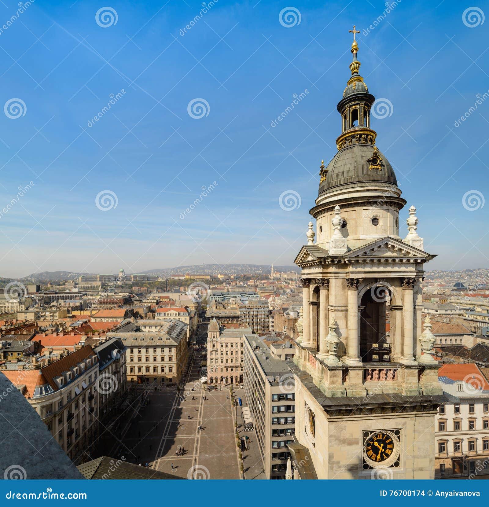 Budapest cityscape från basilika av St Stephen