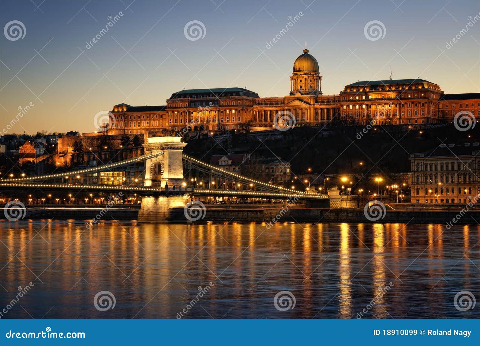 Budapest en la noche