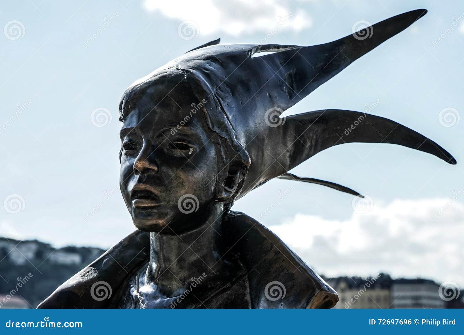 BUDAPEST, HUNGARY/EUROPE - 21. SEPTEMBER: Kiskiralany-Statue herein