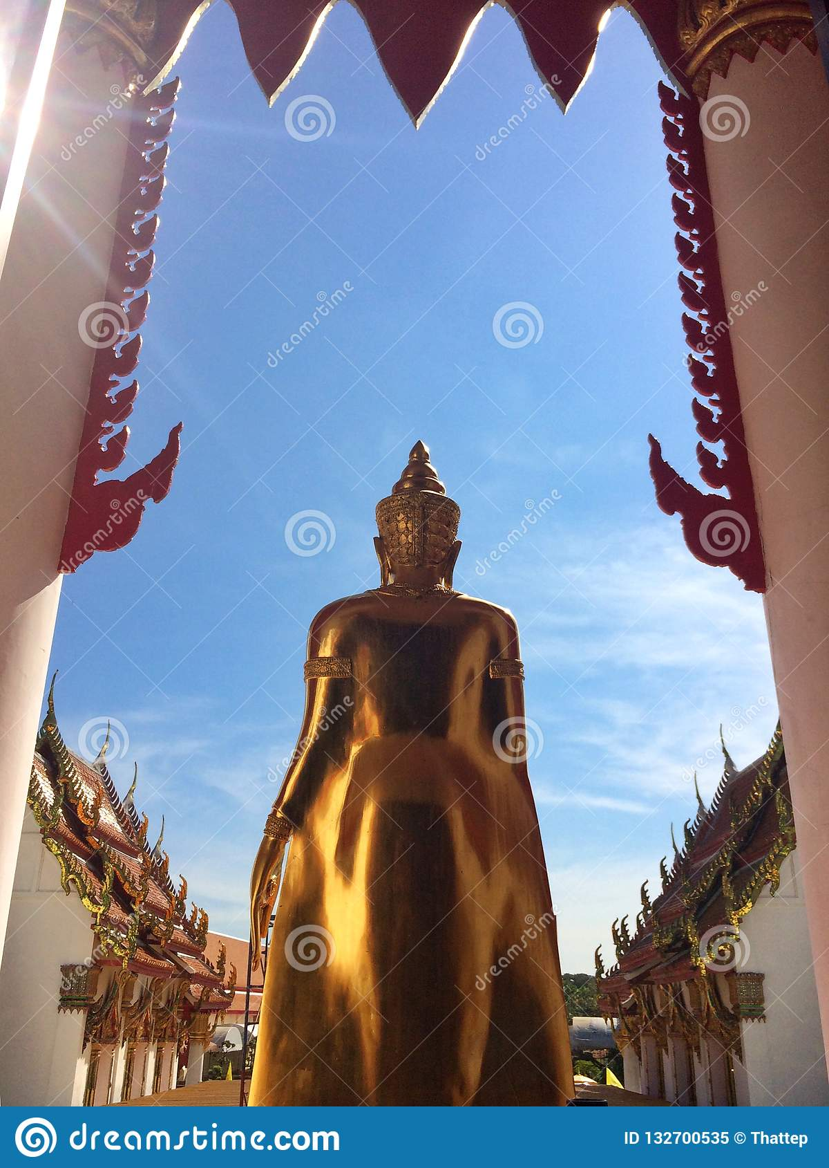 Buddha di devozione buddista