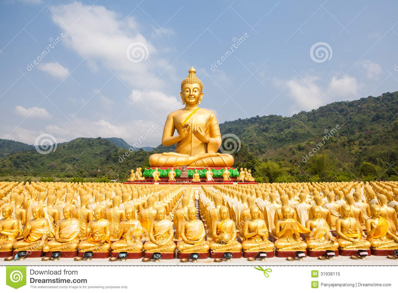 buddha with 1250 disciples statue royalty free stock photo image 31938115. Black Bedroom Furniture Sets. Home Design Ideas