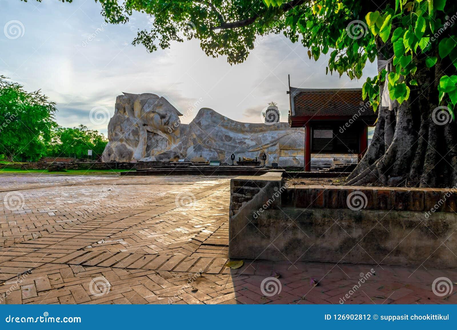 Buddha statua Phra Buddha Sai Yat