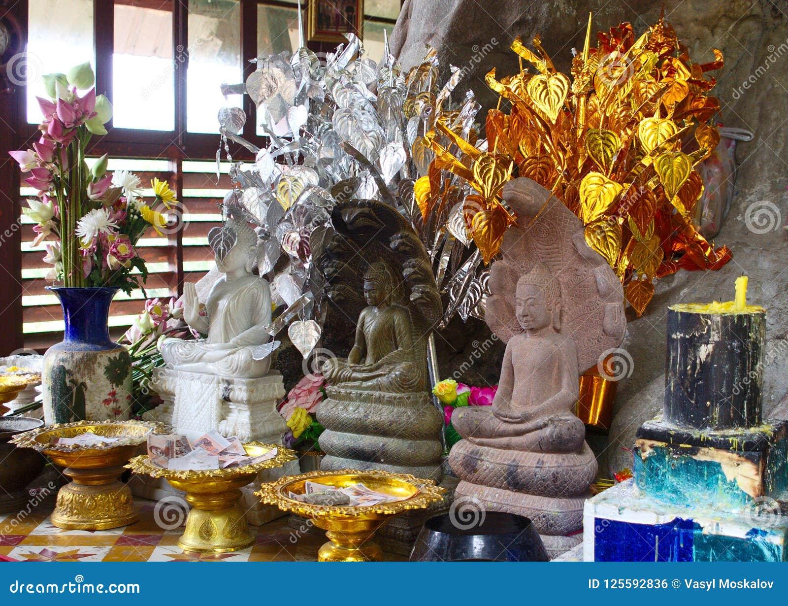 3 Buddhas и предложения