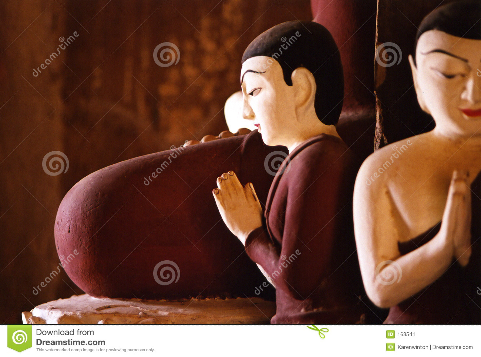 Buddhas in the centre of a pagoda, Bagan, Burma