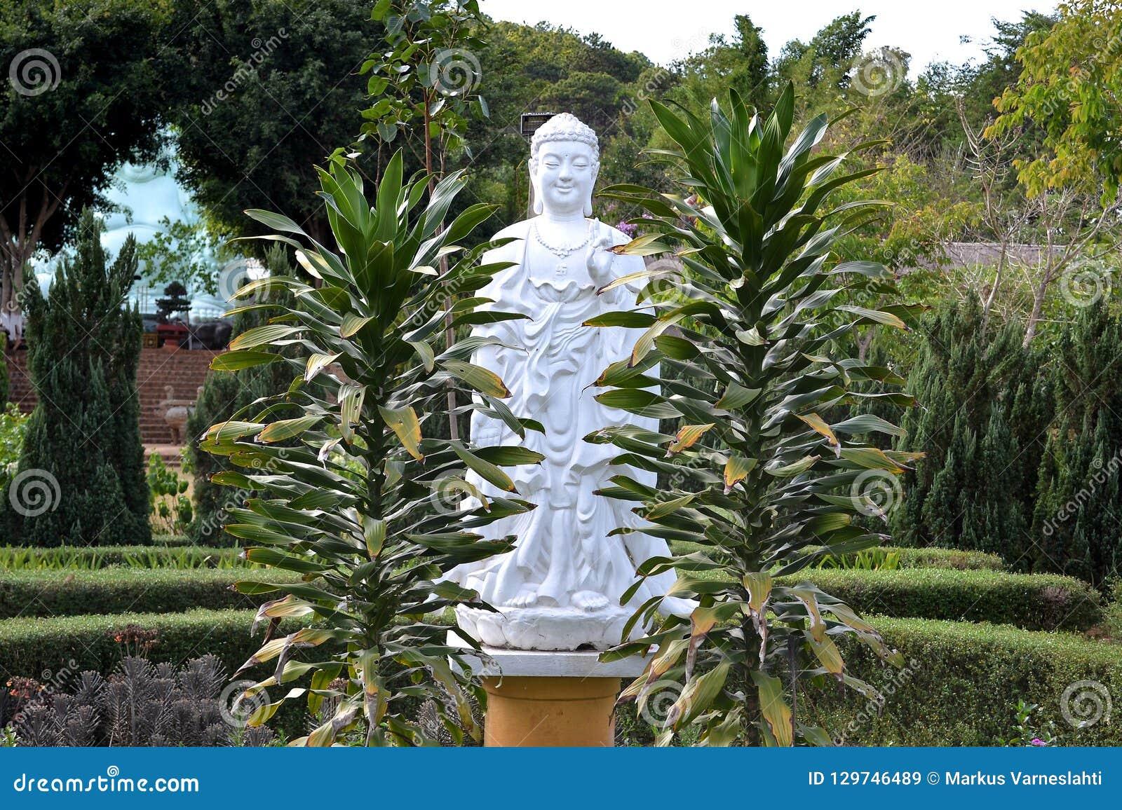 Buddhastaty i Da-laten, Vietnam