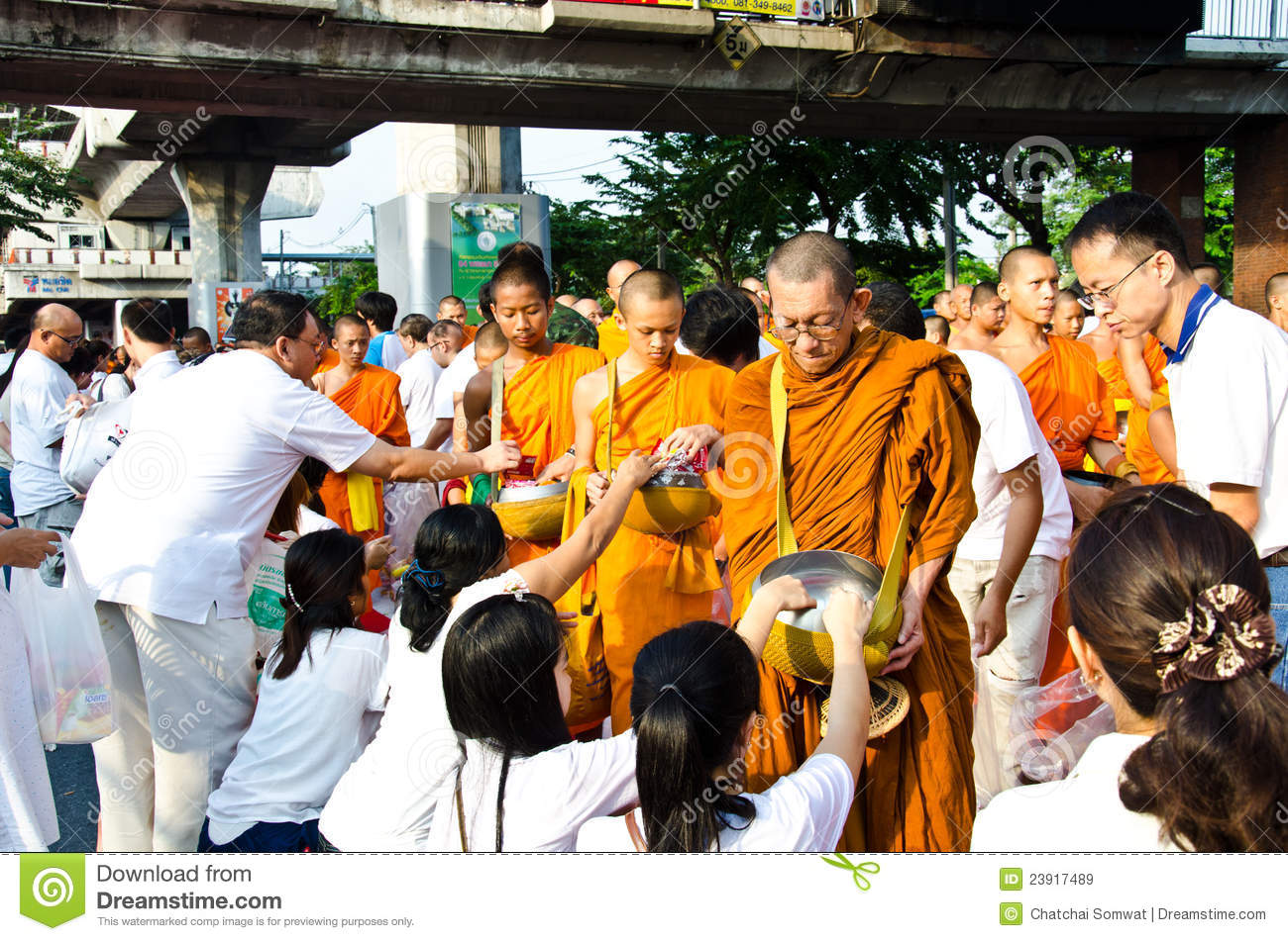 buddhist single women in east worcester Buddhism and women a female child may prove even to be a better offspring than a male women's position in buddhism is uniquethe buddha gave women full freedom to participate in a religious life.