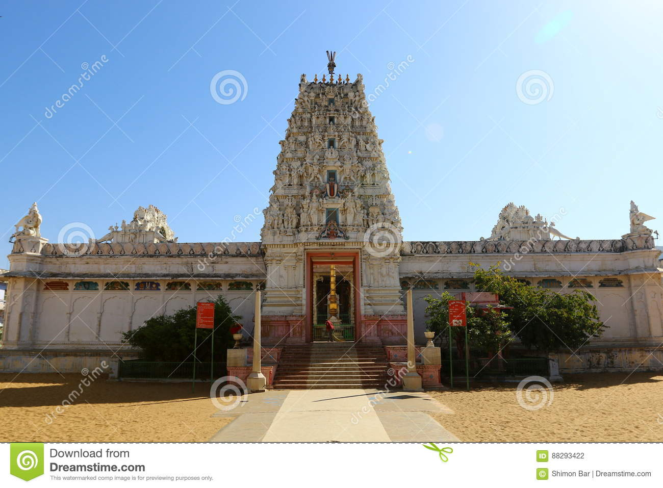 Beautiful pictures of gods and their temple - Buddhist And Jain Temples Of India