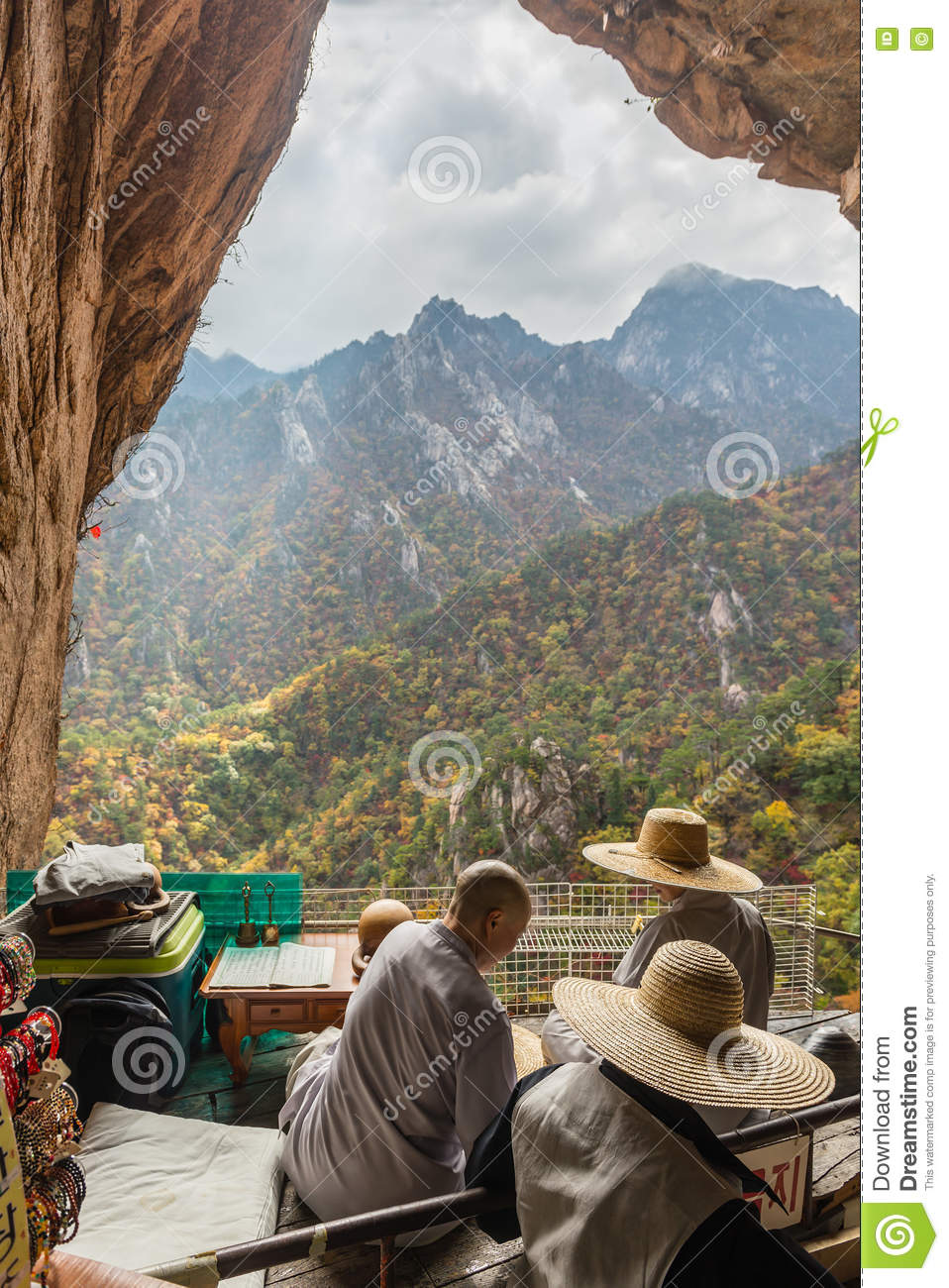 Buddhist Monks At Seorak Mountains Cave Editorial ...