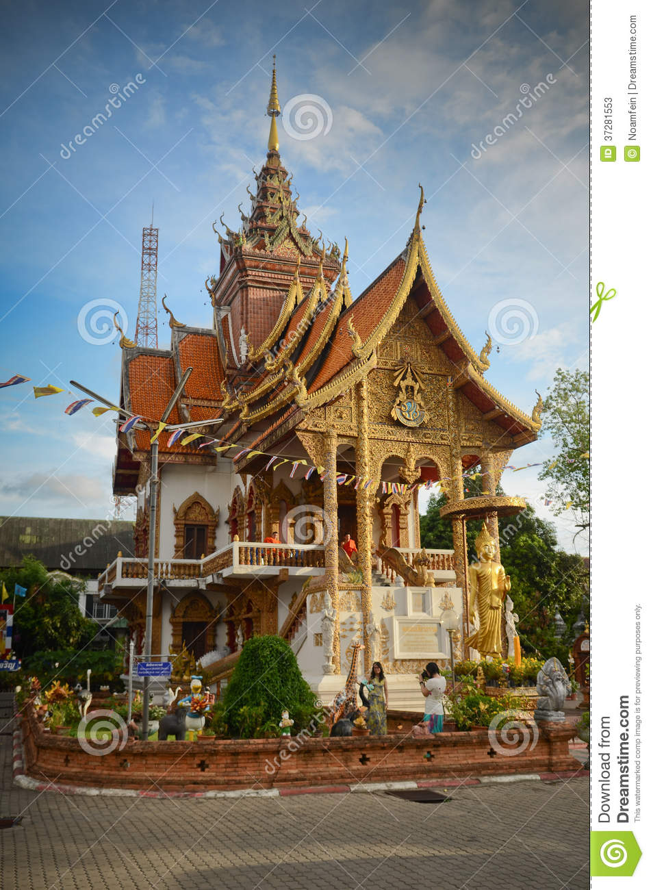 chiang mai buddhist singles Intern andrina hutter from switzerland ponders her understanding of buddhism: there is one thing i know with absolute certainty after having been in the land of orange robes for two weeks i know nothing about buddhism.