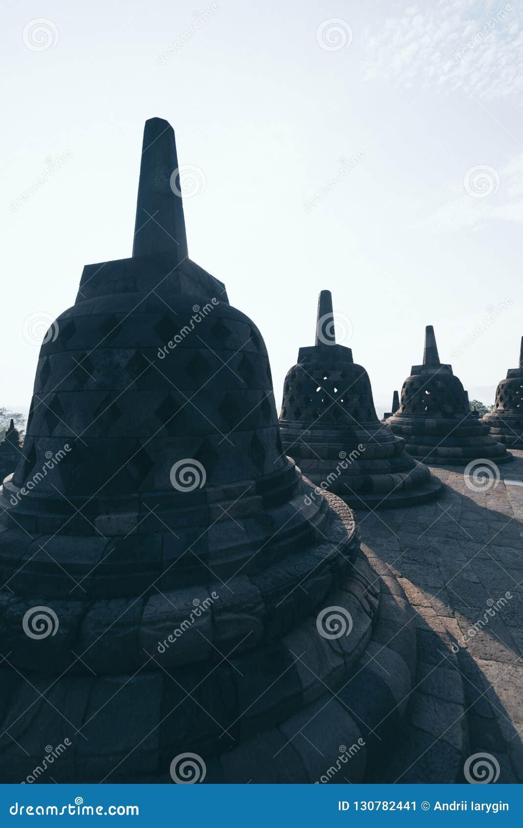 Buddhistischer Tempel Nacht-Borobudur