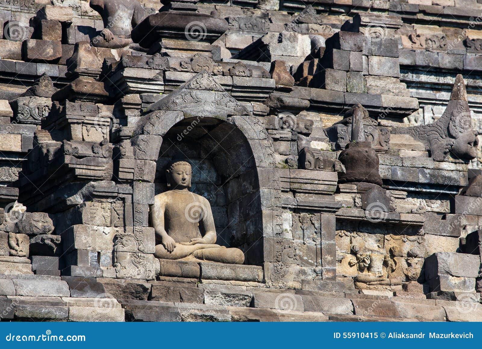 Buddist Borobudur świątynny kompleks w Yogjakarta, Jawa