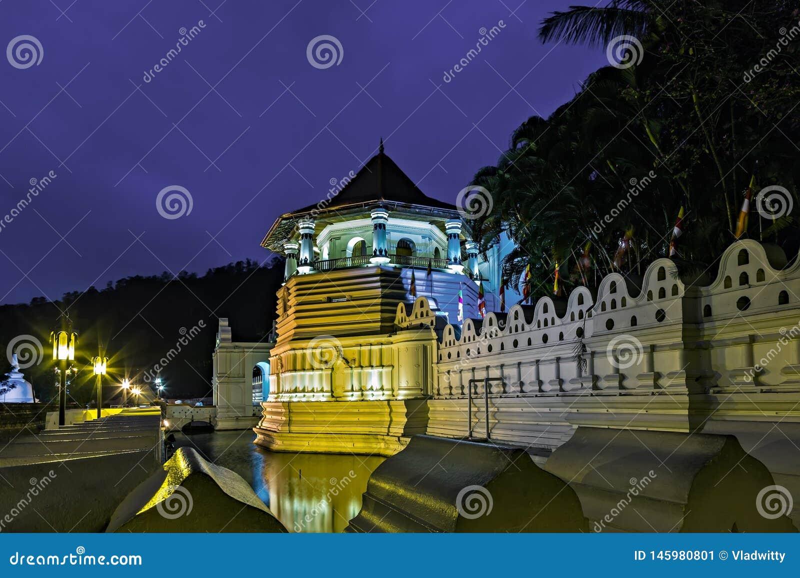Buddistisk tempel av tanden kandy Sri Lanka askfat