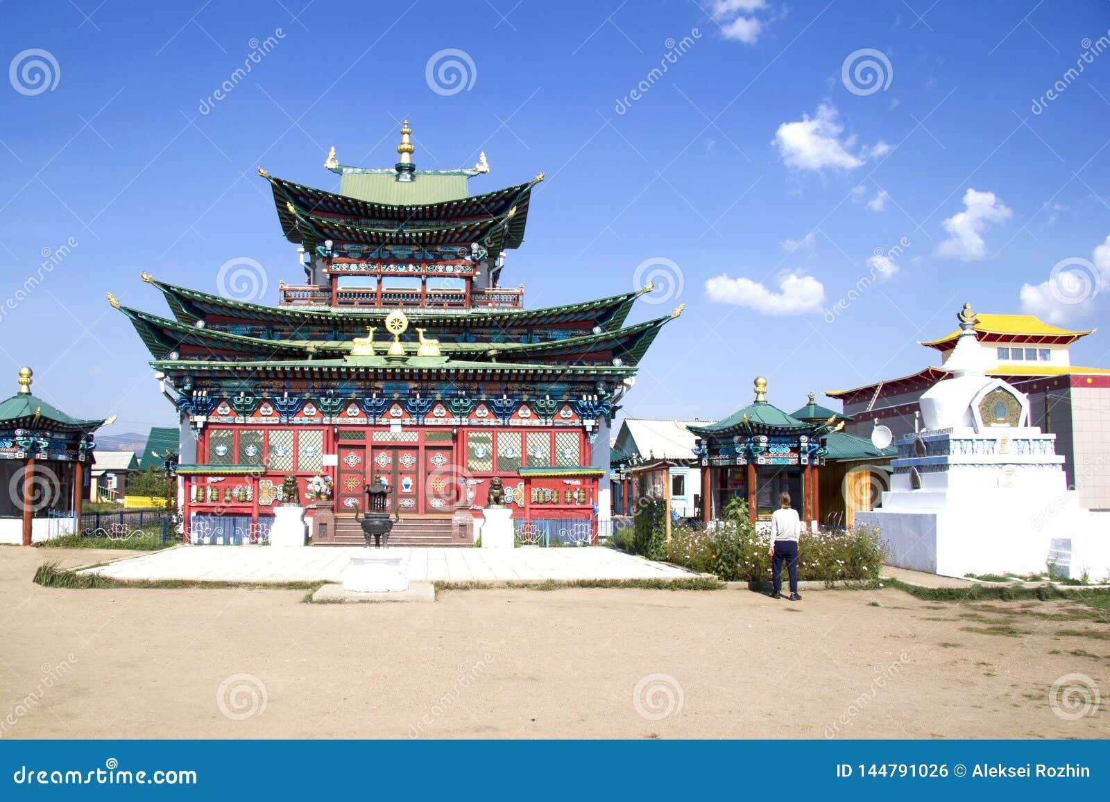 Buddistisk tempel i Ivolginskyen som ?r datsan n?ra Ulan-Ude Buryatia Ryssland