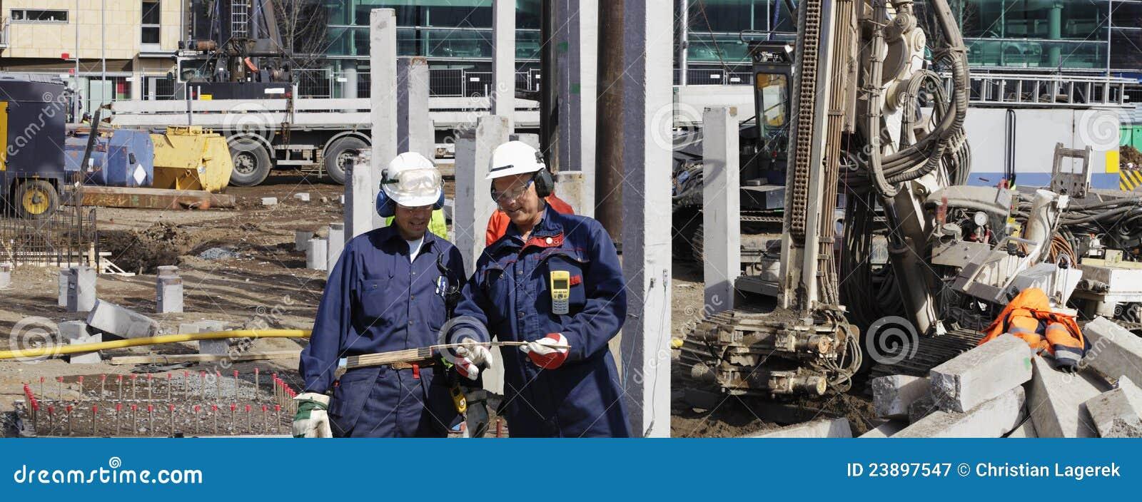 Budowa konstruuje maszyny ciężkie