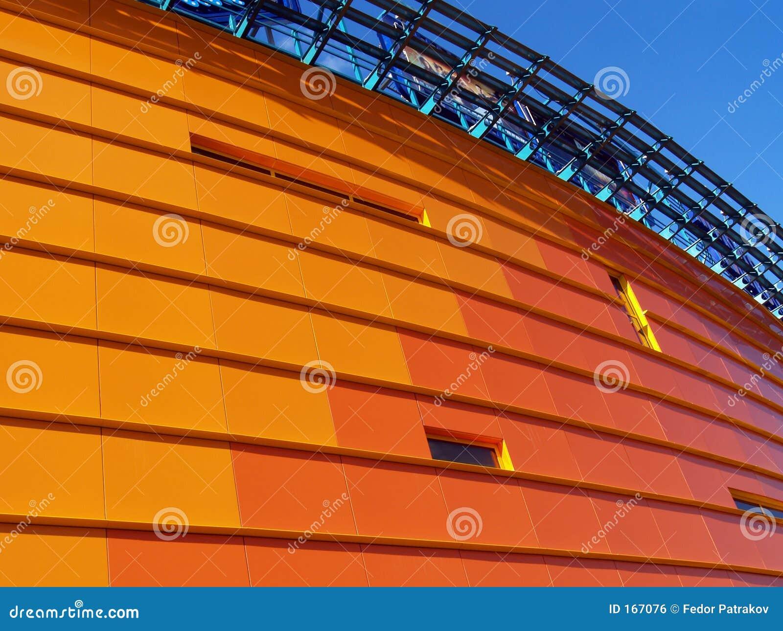Budynek 1 pomarańcze