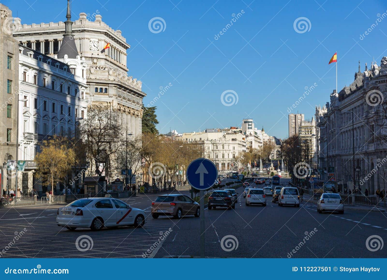 Budynek Cervantes instytut przy Alcala ulicą w mieście Madryt, Hiszpania
