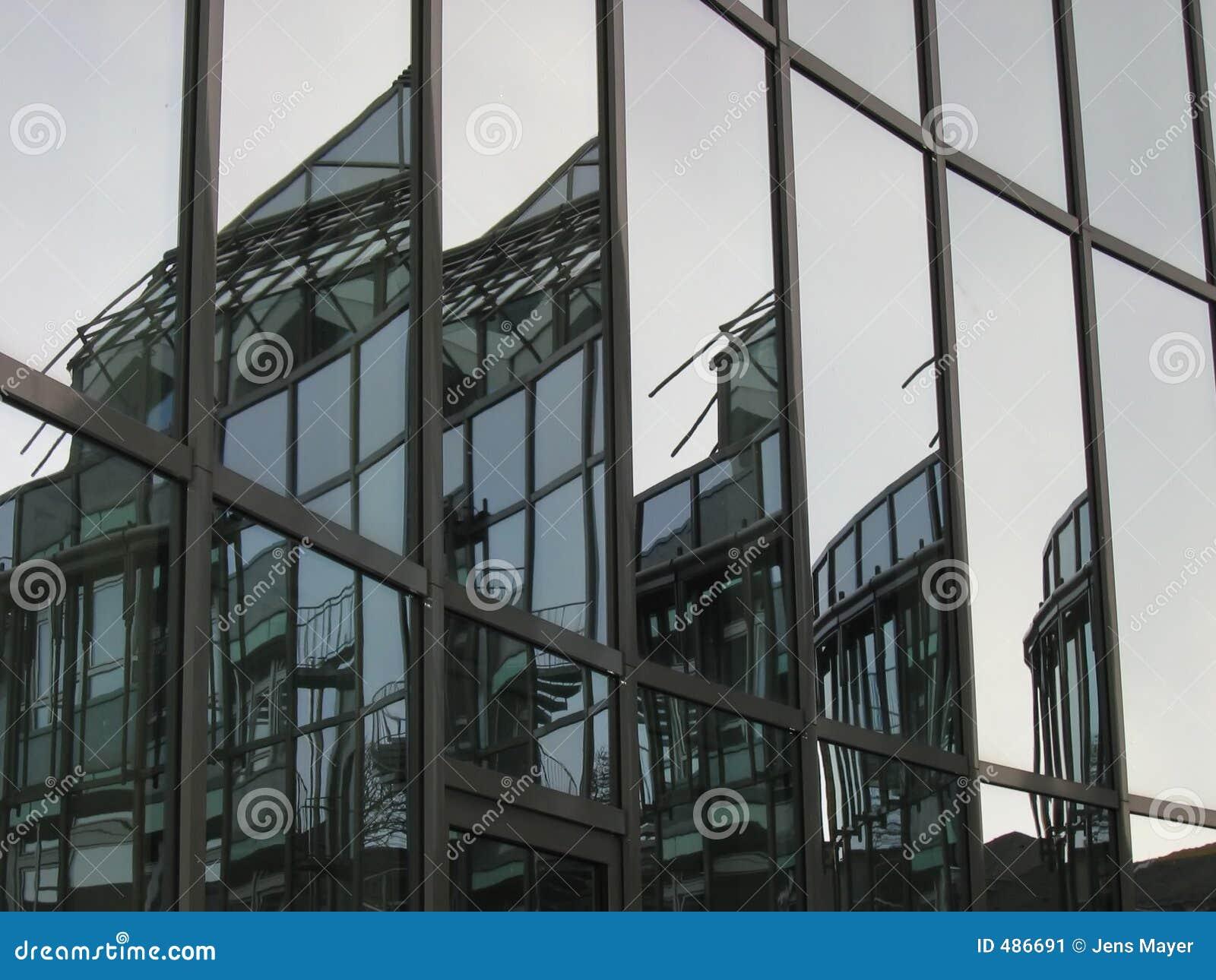Budynek faceted